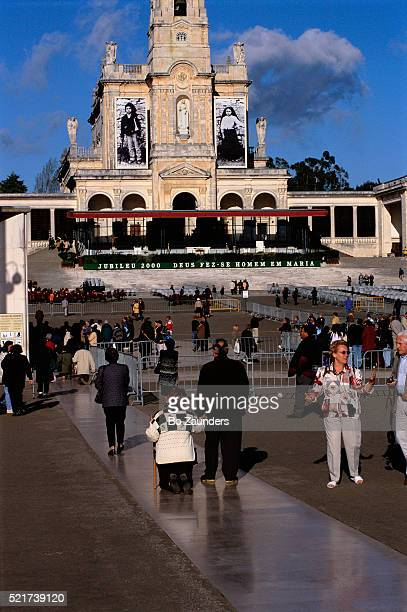 people at jubilee celebration - our lady of fatima stock pictures, royalty-free photos & images