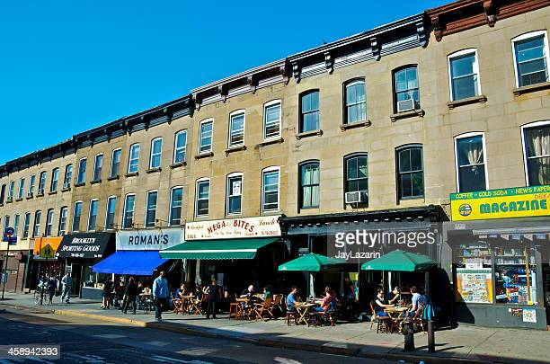 people at outdoor tables of restaurants, brooklyn, new york city - brooklyn new york stock pictures, royalty-free photos & images