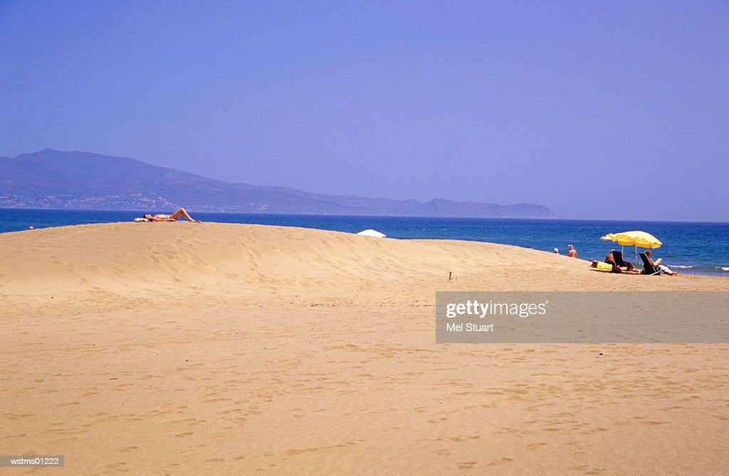 People at Platja de Sant Pere Pescador, near Roses, Costa Brava, Catalonia, Spain : Stock Photo