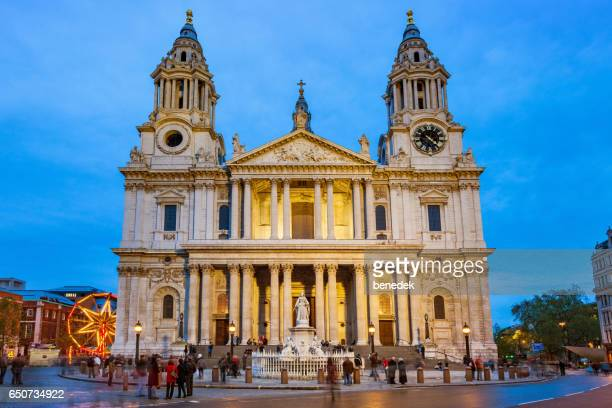 people at st paul's cathedral in london england uk - lord mayors show stock photos and pictures