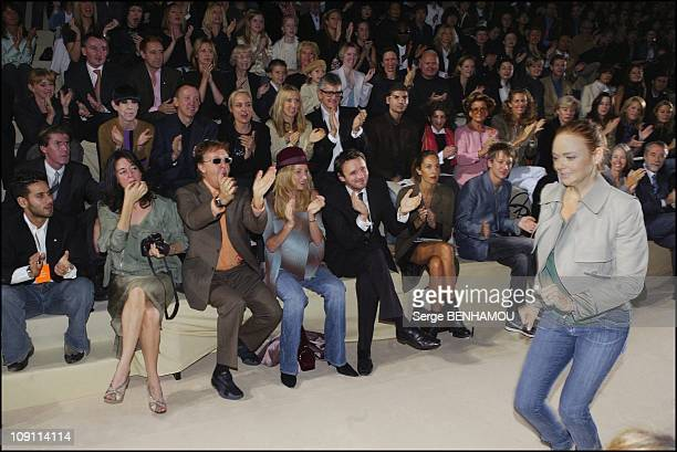 People At The Stella Mccartney ReadyToWear SpringSummer 2004 Show On October 12 2003 In Paris France On Stage At The End Of The Fashion Show Designer...