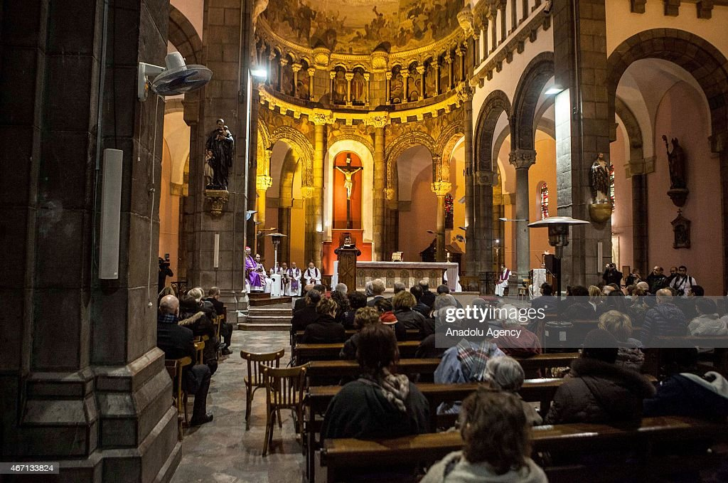 Mass held for Tunis museum attack victims : News Photo