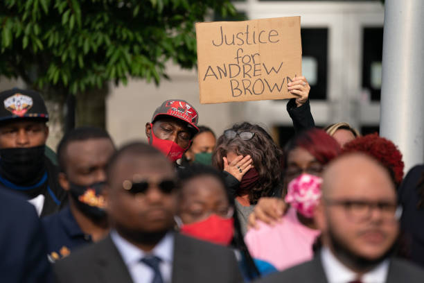 NC: Family Of Andrew Brown Jr. Shown Full Police Body Camera Video Of His Death