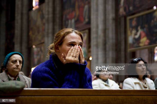 People attend the funeral service of Italian Poetess Alda Merini at the Milan Cathedral on November 4 2009 in Milan Italy Poetess Alda Merini who was...