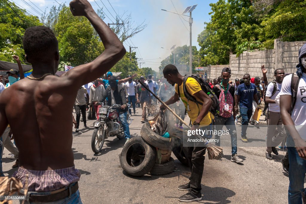 Protest against insecurity and the assassination of Monferrier Dorval in Haiti : Nieuwsfoto's