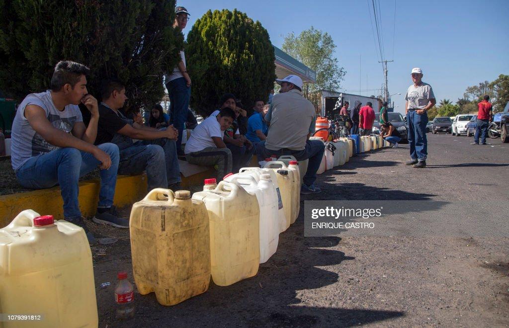 MEXICO-FUEL-SHORTAGE-THEFT-MEASURES : Nachrichtenfoto