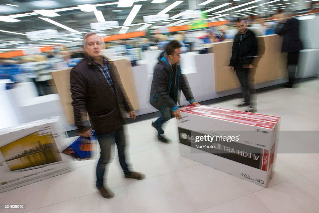 Poland: Tax increase for large shops : News Photo