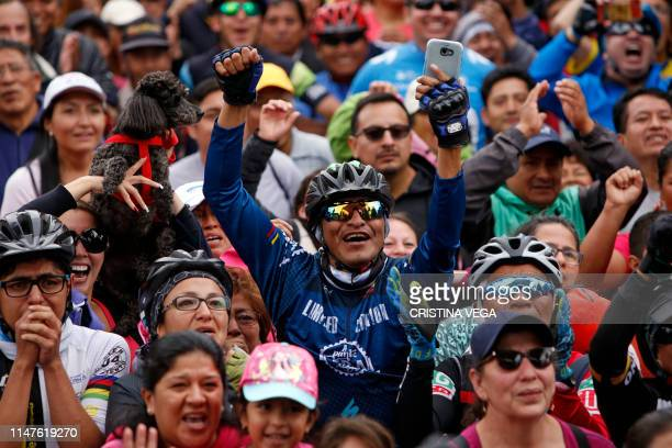 People celebrate in the streets of Quito after Ecuadorean cyclist Richard Carapaz won the Giro d'Italia on June 2 2019 Richard Carapaz became the...