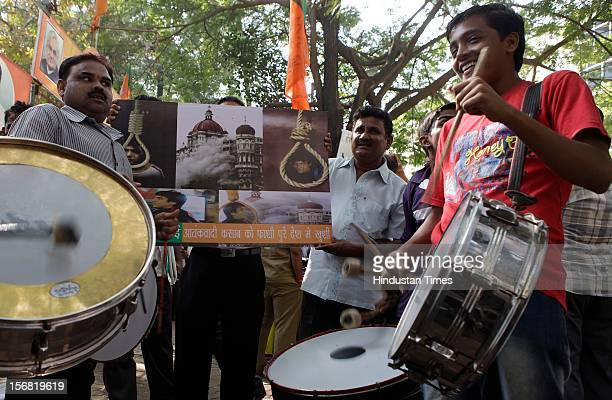 People celebrate outside BJP Mumbai Headquarters Nariman Point on news that 26/11 terrorist Ajmal Kasab on November 21 2012 in Mumbai India Terrorist...