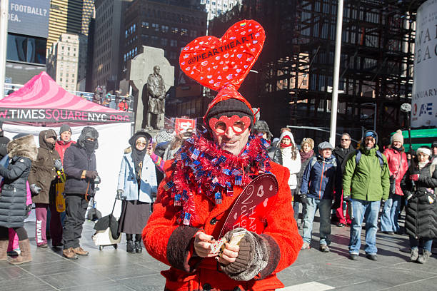 people celebrate valentines day in times square new york couples get engaged on the - Valentines Day In Nyc