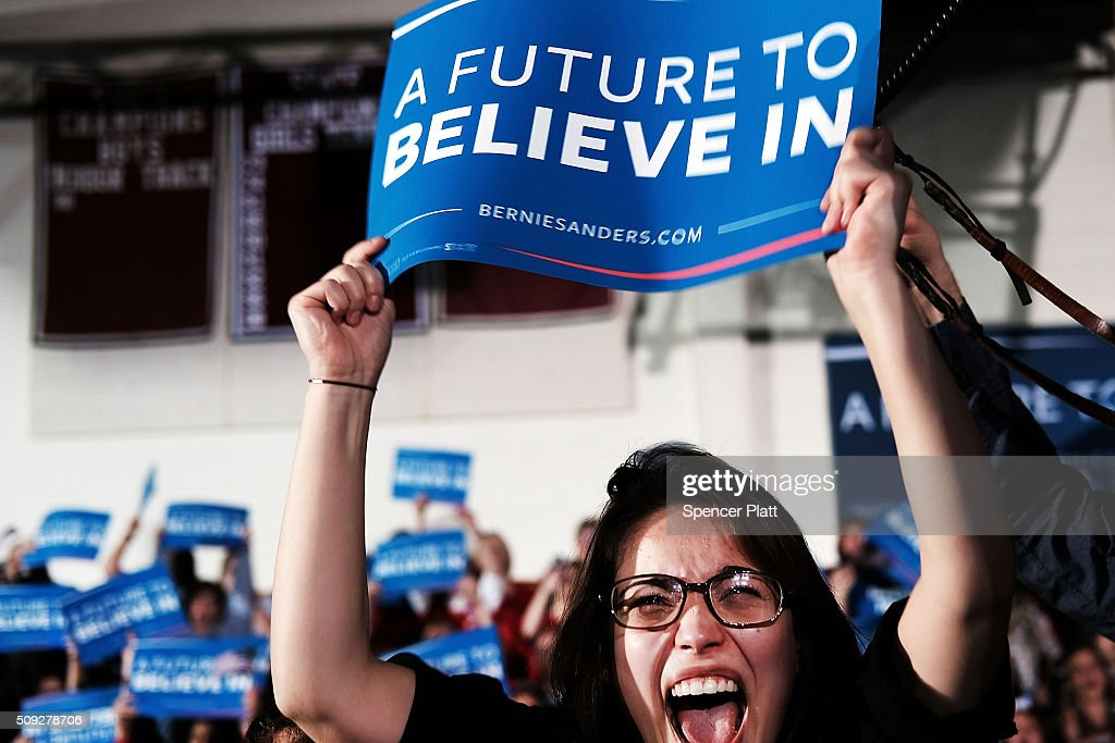 Democratic Presidential Candidate Bernie Sanders Holds NH Primary Night Gathering : News Photo