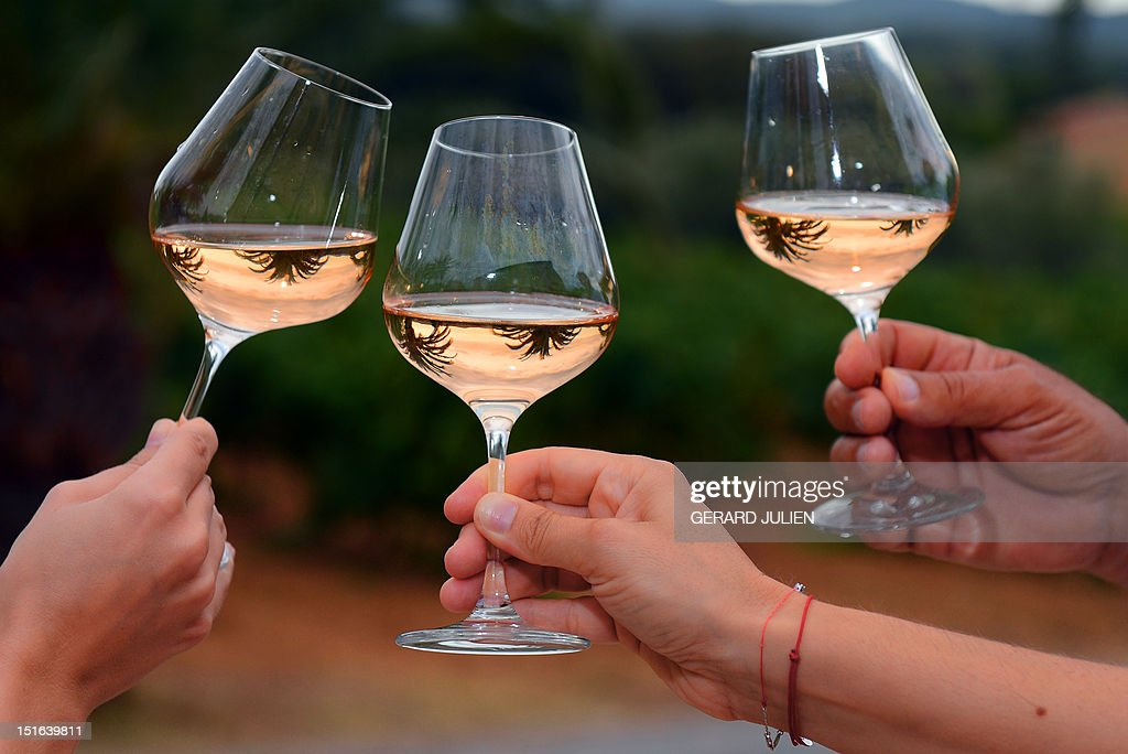 FRANCE-WINE-FEATURE-ROSE : News Photo