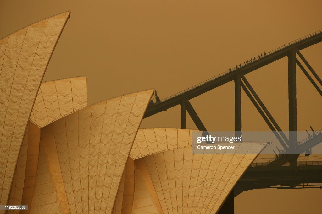Sydney Blanketed In Smoke As Bushfires Continue To Burn Across NSW : News Photo