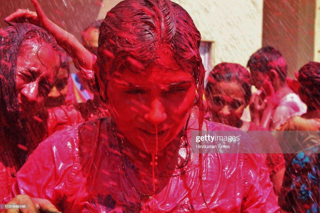 IND: People Celebrate Holi Festival