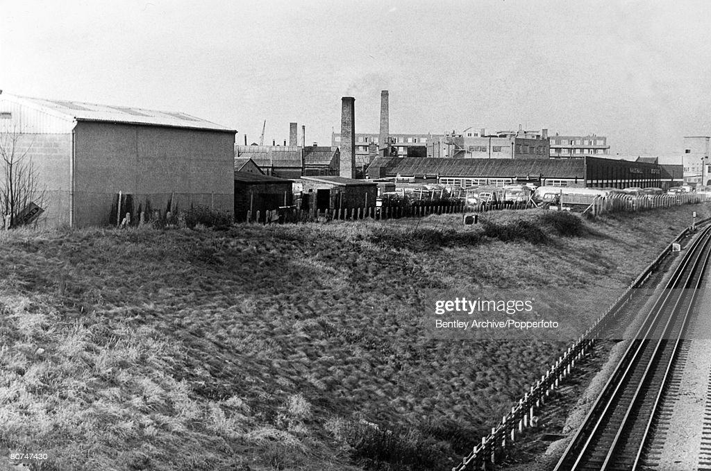 "People Crime. Murder. pic: February 1965. The area in North Acton, London where the body of a woman Bridget ""Bridie"" Moore had been found murdered, between the railway and the concrete shed. The ""Thames Nude Murders"" happened when a number of women were : News Photo"
