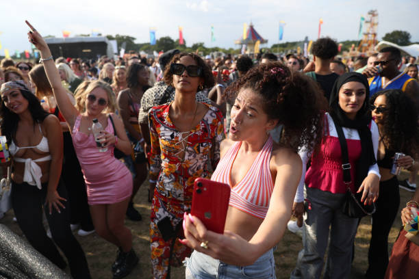 GBR: Strawberries & Creem Festival Hosts Safe Space For Women And Minority Genders