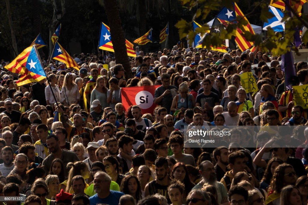 Pro-independence Associations Meet At The Catalan High Court Demanding Release Of Arrested Officials : News Photo