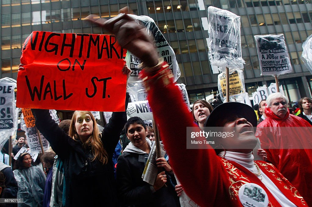 Protesters Demonstrate Against Gov't Bailouts On Wall Street : News Photo