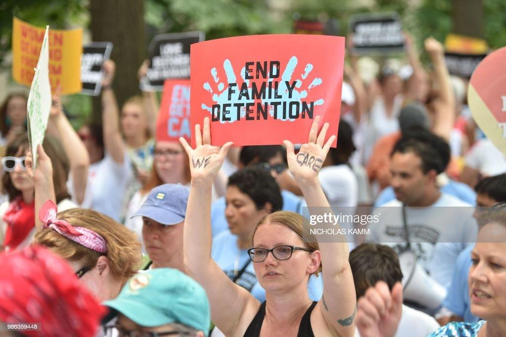 US-POLITICS-IMMIGRATION-MIGRANTS-PROTEST : News Photo