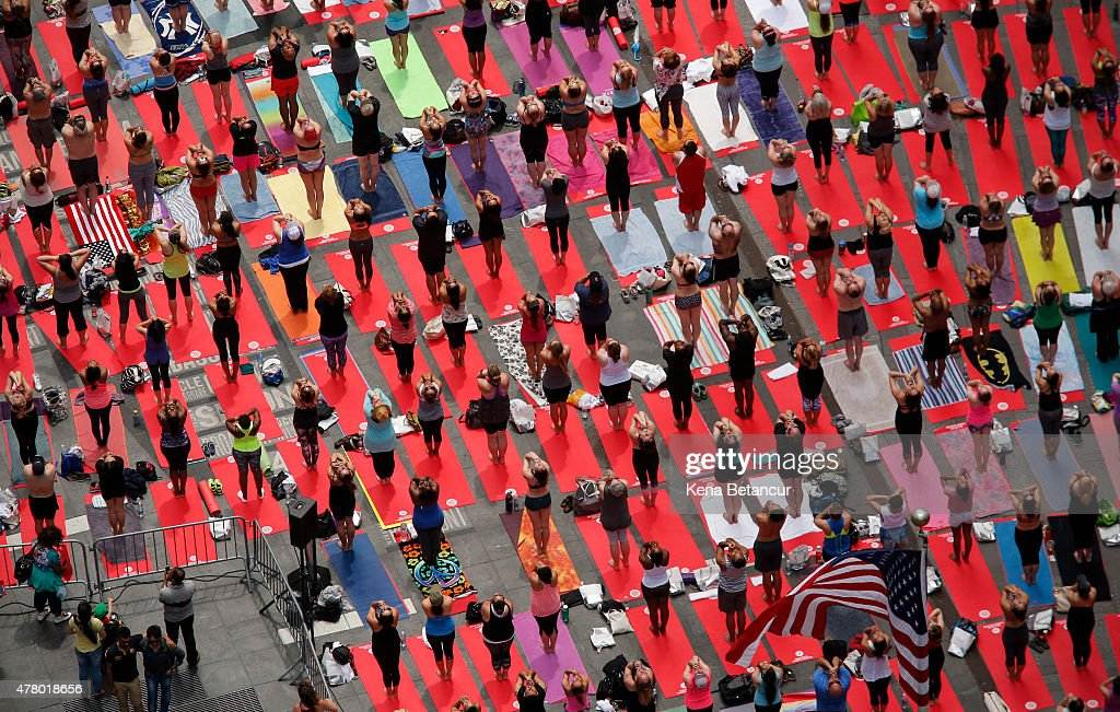 Thousands Of Yogis Descend On Times Square On First International Day Of Yoga : News Photo