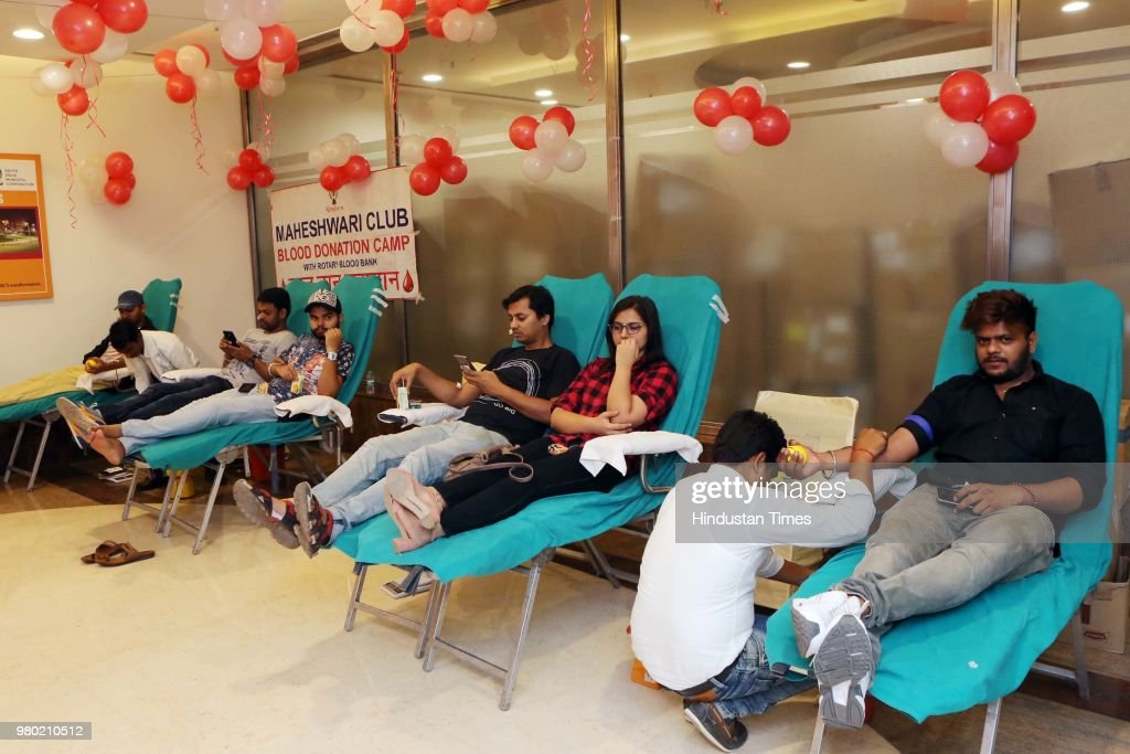Aarone Group Along With Select Citywalk Organised A Blood Donation Camp