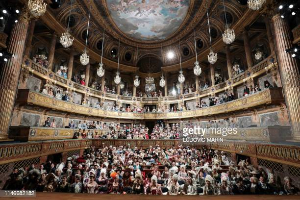 1 273 Versailles Topix Photos And Premium High Res Pictures Getty Images