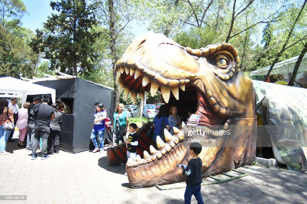 Animatronics Dinosaurs at Parque Naucalli