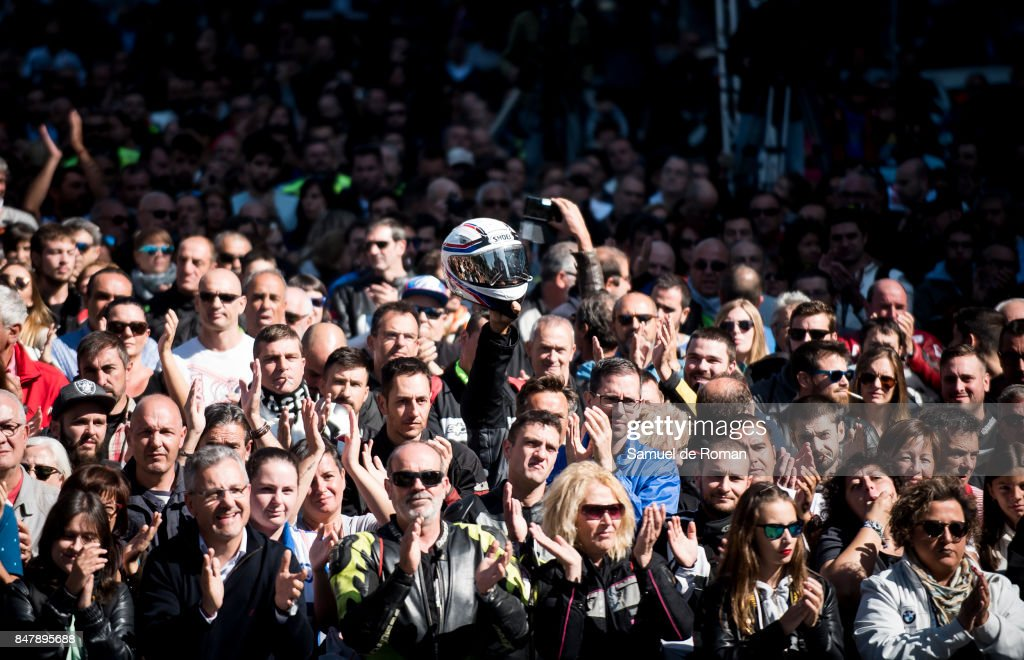 People during the Funeral Tribute For Angel Nieto in Madrid on September 16, 2017 in Madrid, Spain.