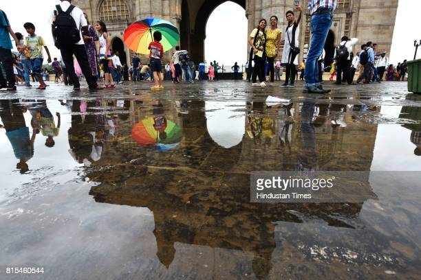 60 Top People Enjoy Rainy Weather In Mumbai Pictures, Photos