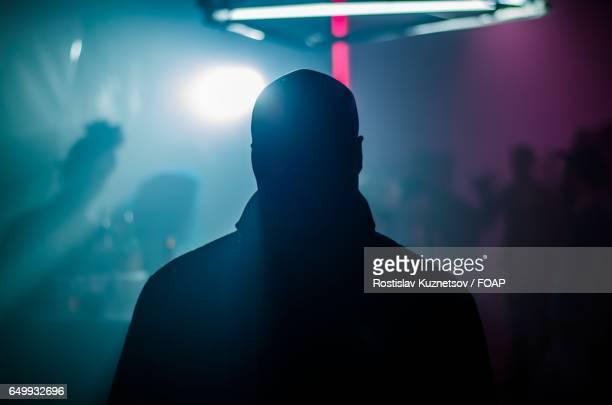 people enjoying at nightclub - 背景に人 ストックフォトと画像
