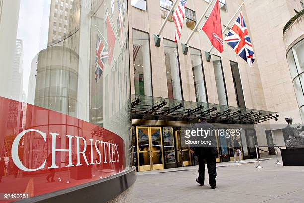 People enter Christie's in New York US on Thursday Oct 29 2009 A sale of Impressionist and Modern Art will be held on Saturday Nov 3 Photographer...