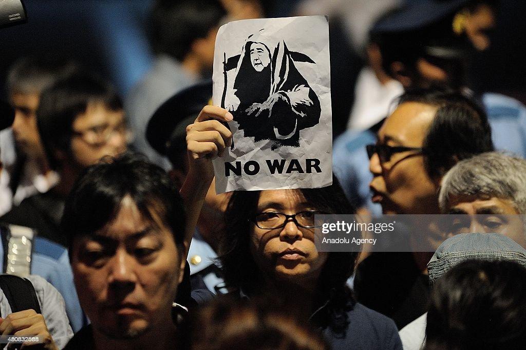 Protest against Japan Security Bill in Tokyo : ニュース写真
