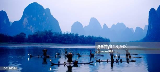 angeln zusammen - provinz yunnan stock-fotos und bilder