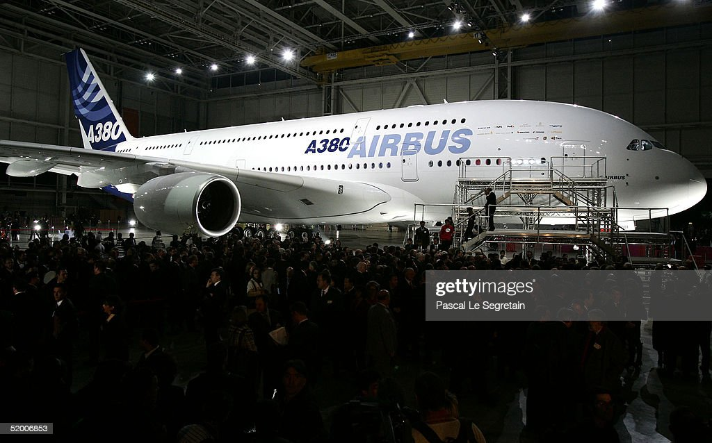 Airbus Unveils The Superjumbo A380 : News Photo