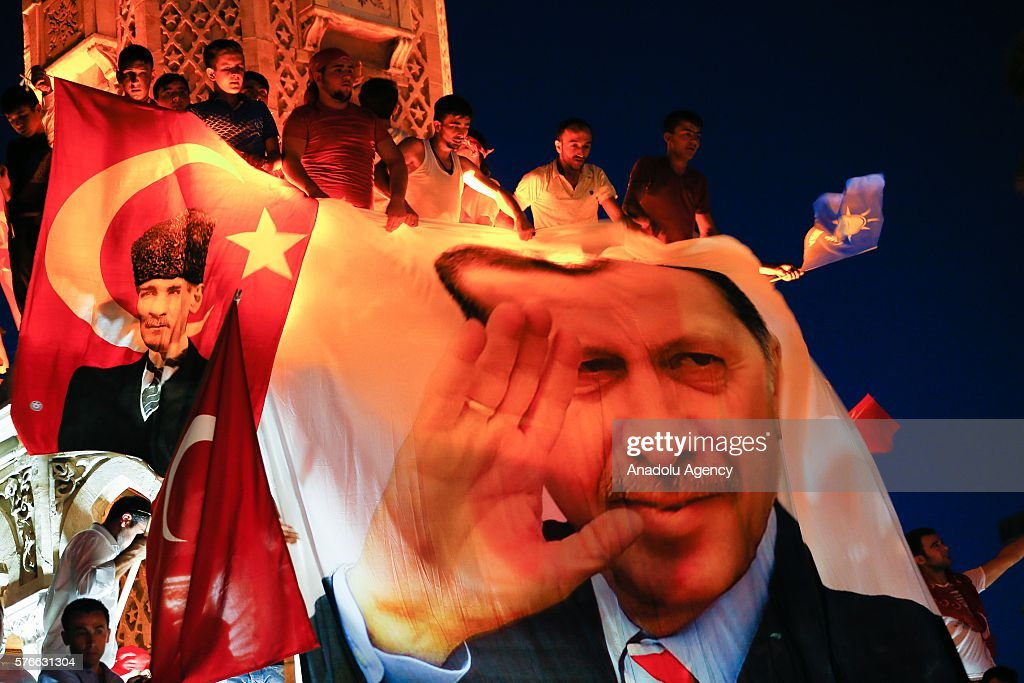 Turkey stand against failed coup attempt : News Photo