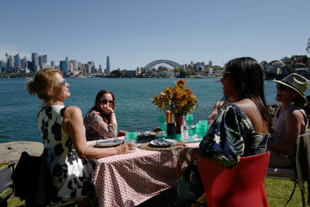 AUS: Fully Vaccinated Sydney Residents Enjoy Greater Freedoms As COVID-19 Lockdown Continues