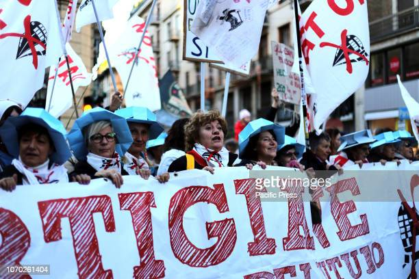 80000 people have participated in the demonstration in Turin against the realization of the TAV Treno ad Alta Velocità that should connect Turin to...