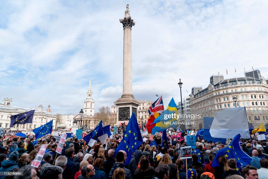 TOPSHOT-BRITAIN-EU-POLITICS-BREXIT-DEMONSTRATION : News Photo