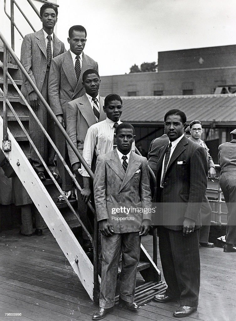 22nd June 1948, Immigrants from the Caribbean island of Jamaica arrive at Tilbury, London, on board the ' Empire Windrush', this party are 5 young boxers and their Manager