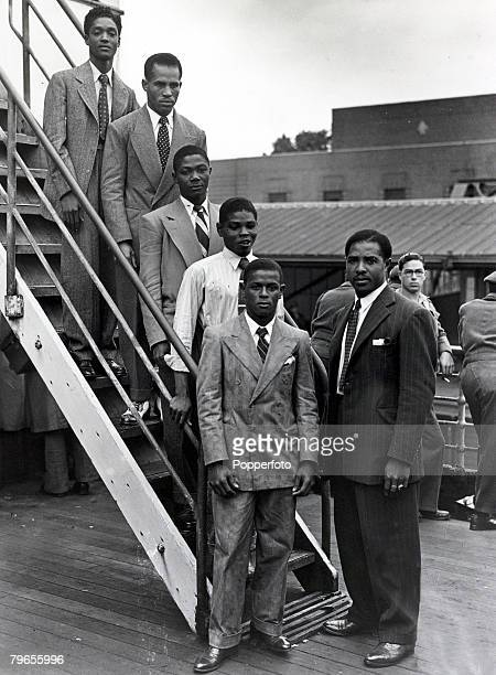 22nd June 1948 Immigrants from the Caribbean island of Jamaica arrive at Tilbury London on board the Empire Windrush this party are 5 young boxers...