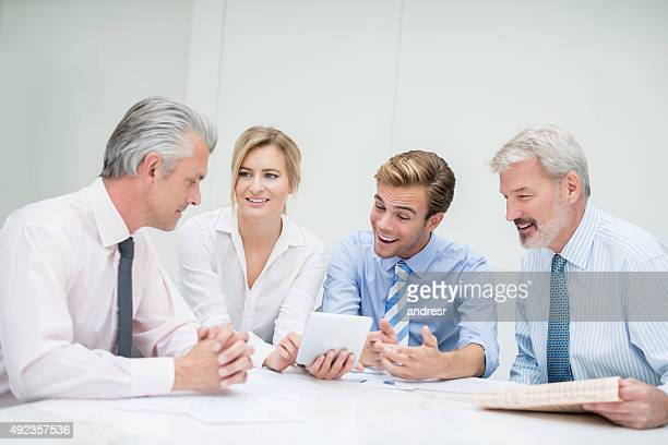 Persone in una riunione di lavoro