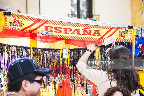 people in el rastro flea market in madrid - el rastro stock pictures, royalty-free photos & images