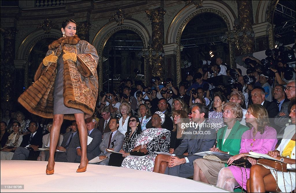 People In Fashion Show-Dior On July 22nd, 1991 In Paris, France : News Photo