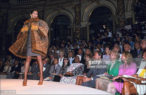 People In Fashion ShowDior On July 22nd 1991 In Paris France