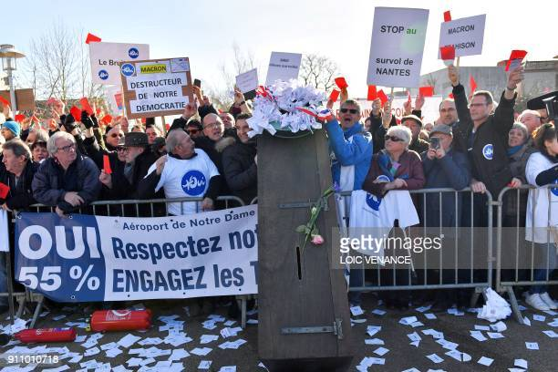 People in favour of the transfer of the NantesAtlantique airport to NotreDamedesLandes protest on January 27 2018 in front of the city hall of...
