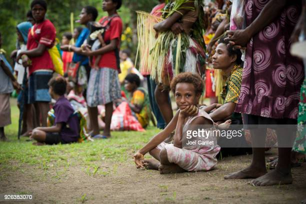 people in papua new guinea - papua new guinea stock pictures, royalty-free photos & images