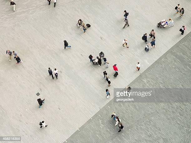 Gente en la ciudad desde arriba