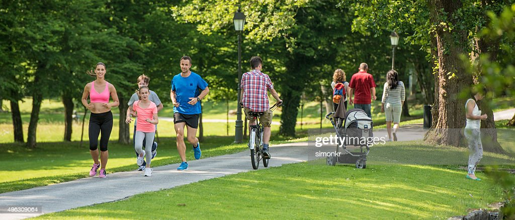 People jogging in park : Stock Photo