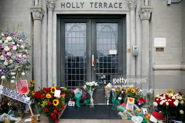 People leave behind flowers at the Holly Terrace Grand Mausoleum where Michael Jackson is buried on the tenth anniversary of his death at Forest Lawn...