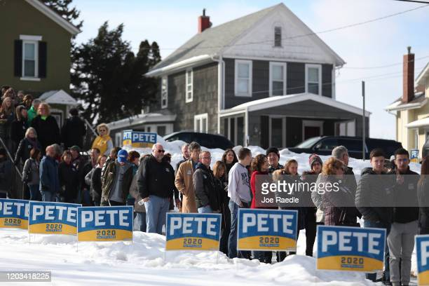 People line up to attend a campaign event for Democratic presidential candidate former South Bend Indiana Mayor Pete Buttigieg held at the Loras...